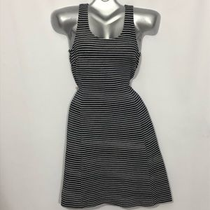 BANANA REPUBLIC tank fit and flare back zip dress
